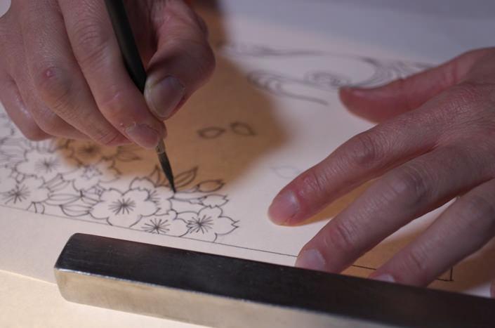 墨で本描き